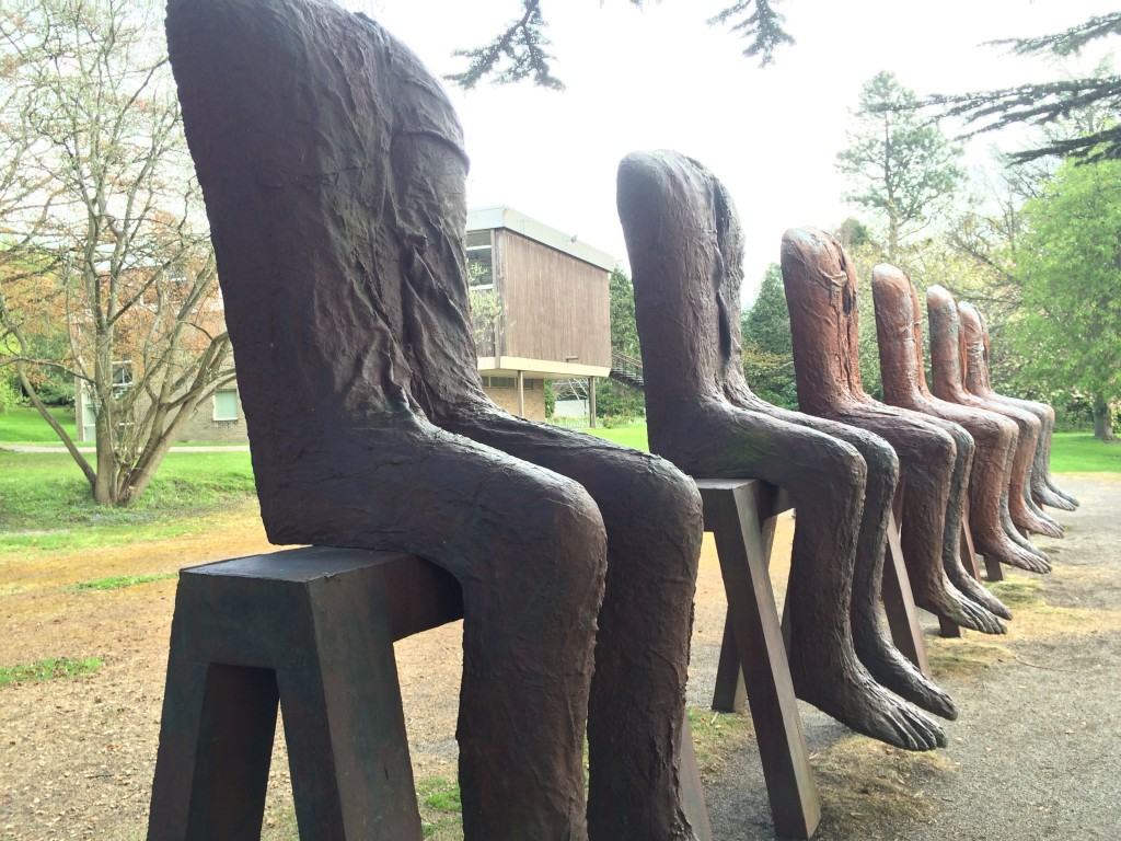 Magdalena Abakanowicz. Ten Seated Figures, 2010